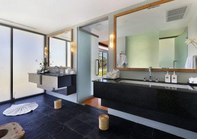 Guest Bedroom 4 Ensuite Bathroom