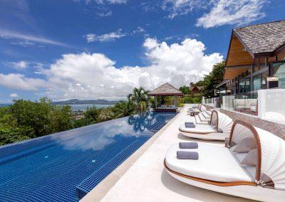 7.Pool Deck